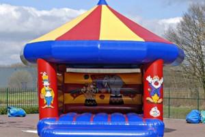 Springkussen Circus: 5.2 x 4.0 m